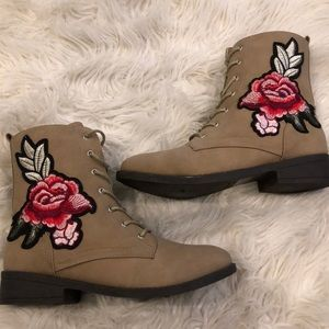 Shoes - Never worn combat boots